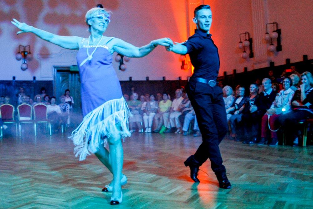 Kochom dynsic - konkurs taneczny dla  seniorow