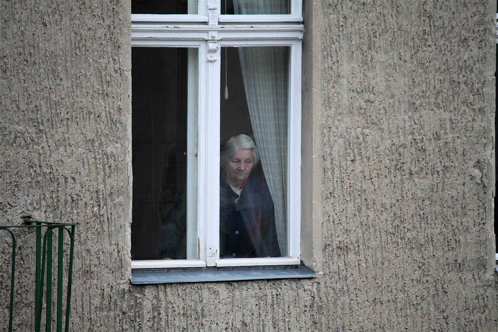 Polityka senioralna - opieka nad osobami starszymi, seniorzy w Polsce (13)