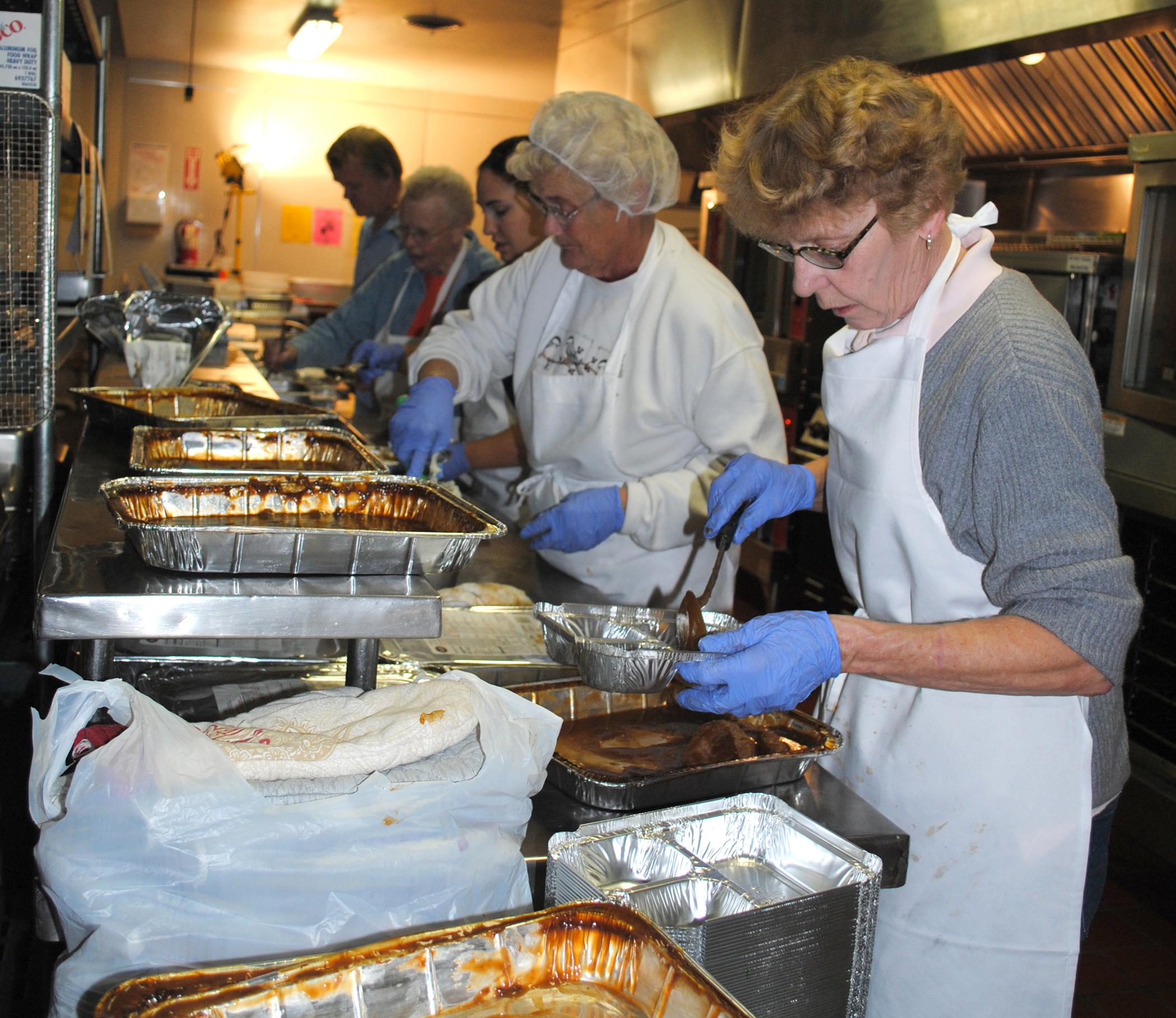 Meals_on_Wheels_food_prepfot.Wikimedia.jpg