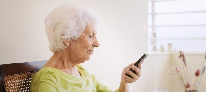 Od wielu lat kreujemy rynek telefonów komórkowych dla seniorów – rozmowa z Moniką Wodzicką, specjalistką ds. handlowych i marketingu firmy Maxcom